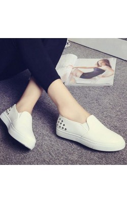 2 Color White Women's Leather Loafers Black Slip on Flat 2015 new Spring Autumn Female basic Lazy shoe ladies Rivet Casual shoes