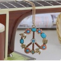 XL   0213   European and American retro fashion jewelry pearl inlay flower necklace  free shipping